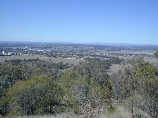 view down into Inverell, where brother lives ...